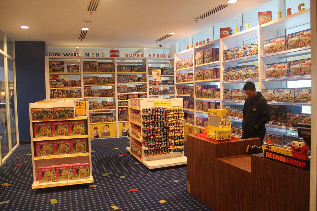 LEGOLAND Malaysia Hotel - LEGO Shop