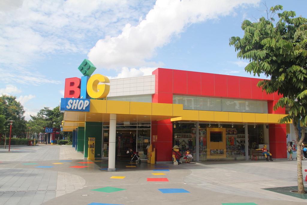 LEGOLAND Malaysia Theme Park Review - BricktasticBlog - An ...
