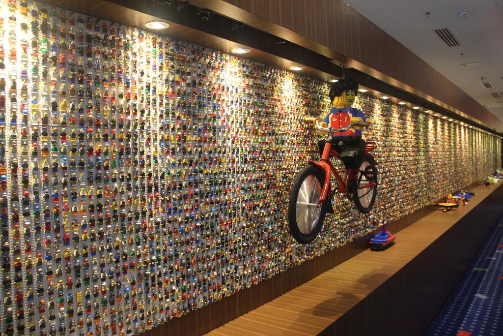 LEGOLAND Malaysia Hotel Minifigure Wall