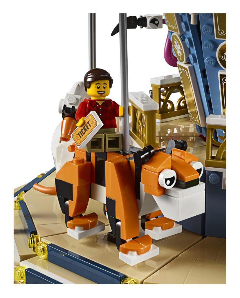 10257: Carousel Tiger