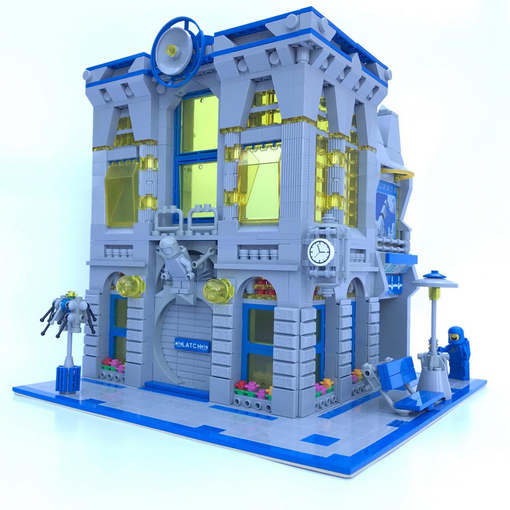 Justin Winn Classic Space Brick Bank